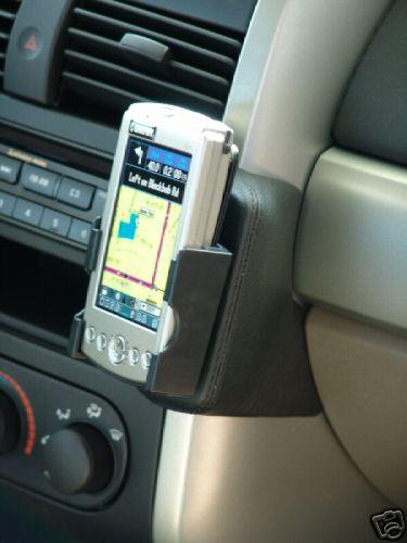 Kuda Cell Phone Ipod GPS XM Mount Mitsubishi Galant 04   eBay